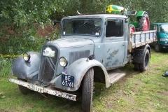 2011-09-22 Citroen R 23 1953