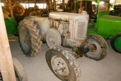 2016-04-03 Landini tractor