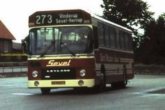 2017-01-04 Leyland bus