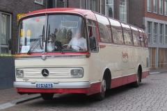 2016-05-30 Mercedes bus