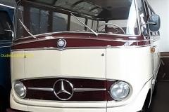 2020-03-18-Mercedes-bus