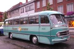 2016-05-04 Mercedes bus_11