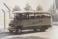 2017-02-24 Mercedes bus Lanting