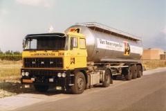 2011-02-02 DAF2800 v Amerongen.