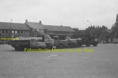 2010-12-20 Borgward-Bedford-Steyer torpedo-Bedford torpedo-Chevrolet Vredesplein Waalwijk 1955