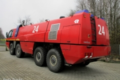 2018-08-27  Rosenbauer Panther FLF 14000-250 1998 (1-3) Wemhoff (9