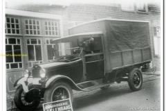 2011-01-16-Ford-Beeke-varkenshandel-Scherpenisse