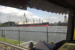 2013-04-08-Cab-uitzicht-op-kanaal-terneuzen