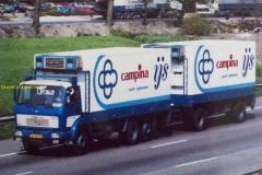 2013-04-08-mercedes-Campina-55-XB-70-met-chauffeur-Har-Palmen