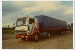 2011-06-09-Renault-V8-356-pk-1979-Claasens-Roosendaal-