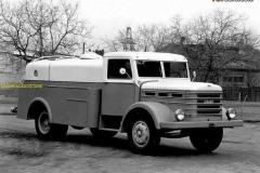 2018-02-16  CSEPEL D420 1950-56 favcarscom