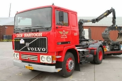 2015-11-19 Volvo F12.jpg
