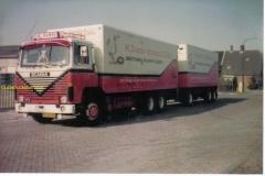 2010-01-26-Scania-111-Floor