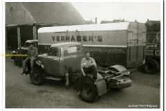 2011-02-25 Ford vlnr Toon Reuvers - Onbekend - Henk Verhagen loods Darvi
