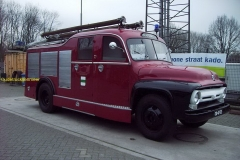 2011-04-12 Ford F 600