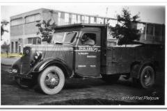 2011-07-10  Ford V8  1939_2