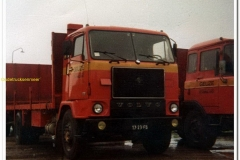 2011-02-04-Volvo-17-23-FB