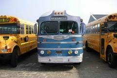 2005-01-01 gmc bus voorkant