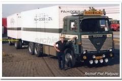 2011-08-12 Scania 141 goes uit Vleuten (2)_2