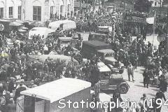 2021-03-28-Stationsplein-1945