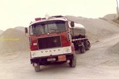2010-03-29 Volvo F88 kenteken 92-97-NB