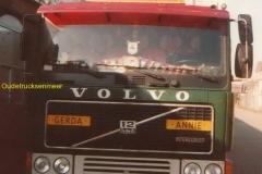 2014-09-11-Volvo-F12int-veen