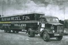 2012-04-15 interrnational harvester v Wezel Hengelo