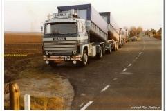 2011-02-03-Scania-111-Auto-aan-de-dijk-1990