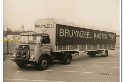2010-12-07-Daf-Meeus-transport-voor-Brijnzeel-01