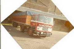 2011-02-14-mercedes-1418-BS-08-87-