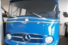 2020-03-18-Mercedes-Truck_1