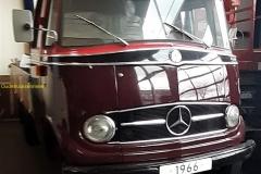 2020-03-18-Mercedes-Truck_2