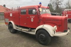 2021-03-03-Mercedes-3500-van-1955