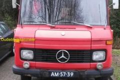 2017-04-23 Mercedes truck