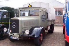 2008-07-01-Mercedes grijs