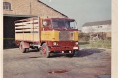 2021-04-04-VOLVO-F88.1966-Transportbedrijf-Johan-Mobach-Sluiskil.