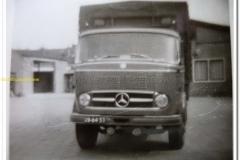2011-05-17-Mercedes-frontstuur_resize