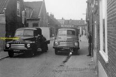 2012-12-09 Opel Brandstoffenhandel Bethlehem 1955ca Kolenauto's