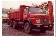 1_2011-07-15-Mercedes-2624-6x6-kipper-1977