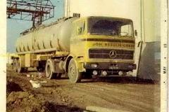 2020-12-09 Mercedes 1418