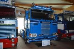 2015-10-11 Scania 142M