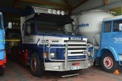 2015-10-11 Scania 143M t