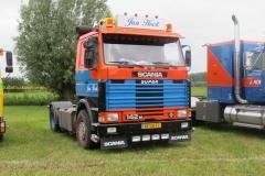 2020-11-28-Scania-142-M-11-10-1982