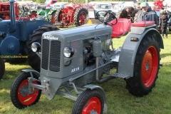 2014-11-03-Schluter-tractor