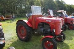 2014-11-03-Steyr-tractor-1