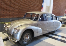2018-02-11 Tatra 87 1948_1