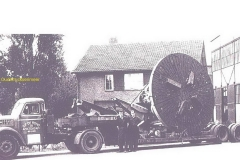 2010-11-05-1955-Scania-Vabis-19-en-dieplader-21-broshuis-Drunen