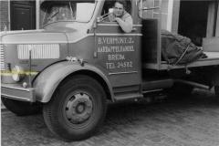 2010-02-07-Krupp-Ko-Vermunt-van-Fessem-chauffeur-1959