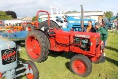 2014-11-03Volvo-Tractor-2