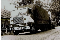 2013-09-01 Volvo F 88